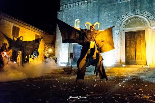 devils-parade-monteriggioni-festa